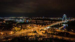 Stahovanie Bratislava s veľkými dodávkami